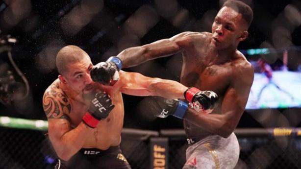 Nhà vô địch UFC bị hạ knock-out bất ngờ