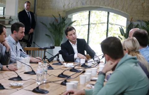 Ong Putin nhac loi hua Zelensky, ung ho hoa binh Ukraine