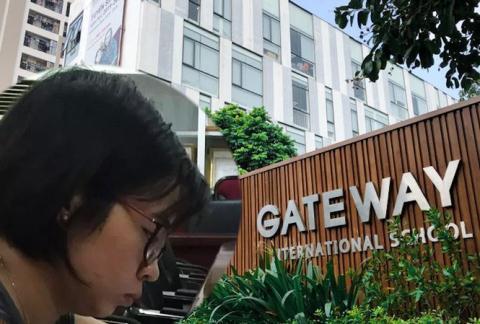 Dien bien moi vu truong Gateway: Loi chat van