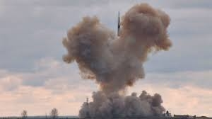 Nguồn tin này cho biết thêm, Avangard là dự án được Moscow triển khai từ năm 2004, nhằm phát triển loại vũ khí có tốc độ siêu cao, đủ sức vượt qua mọi lá chắn tên lửa của Mỹ và đồng minh. Tuy nhiên, nó thường được mô tả là \
