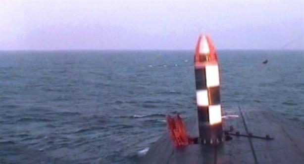 Cũng trong đợt thử nghiệm này, hôm 30/10, tàu Knyaz Vladimir đã lần đầu phóng tên lửa đạn đạo xuyên lục địa RSM-56 Bulava từ dưới nước và đánh trúng mục tiêu tại thao trường Kura ở vùng Kamchatka thuộc vùng Viễn Đông nước Nga. Cùng với đó, tàu Knyaz Vladimir cũng thực hành bắn ngư lôi vào các mục tiêu dưới nước và trên mặt đất.