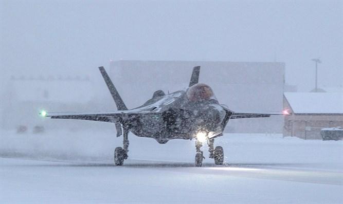 Kế hoạch triển khai đã được Mỹ ấn định nhưng vấn đề phát sinh với F-35 trong các cuộc thử nghiệm gần đây đang khiến Mỹ đau đầu mà chưa thể tìm ra cách khắc phục, đó là F-35A không thể tự hoạt động tại khu vực có khí hậu khắc nghiệt này.