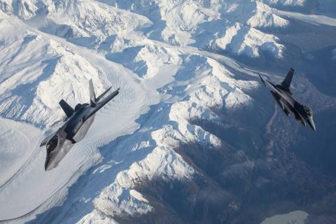 Na Uy tuyen bo mua F-35 la sai lam lon
