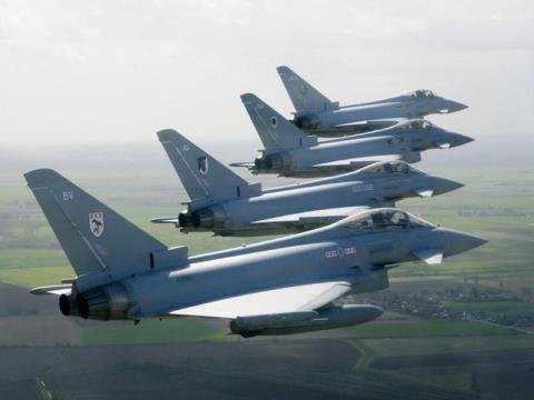 Bi S-400khoa muc tieu,Eurofighter Typhoon 'chuon thang'