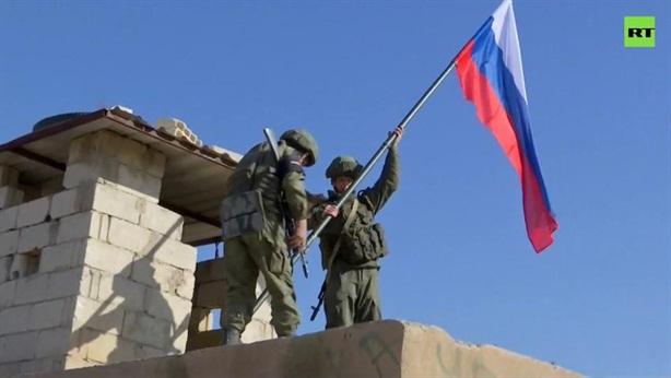 Nga tiếp tục chiếm căn cứ quân sự của Mỹ ở Raqqa