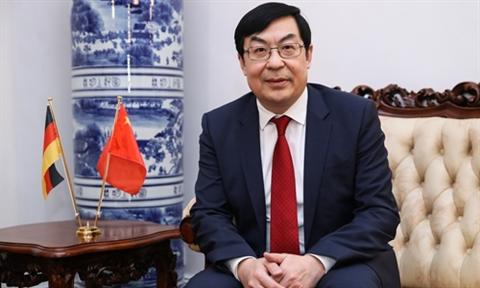 Anhcho mo cua cho Huawei, Trung Quoc thuc giuc