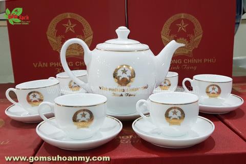 OngMai Tien Dung: In am chen gia danh, can len an
