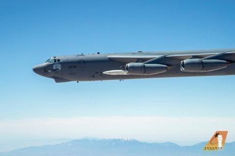 Bởi theo nguồn tin từ Không quân Mỹ khẳng định, những thông số trên Kinzhal của Nga chỉ tương đương với AGM-48 Skybolt (phát triển cách đây 60 năm) của Mỹ và thua xa AGM-183A hiện nay.
