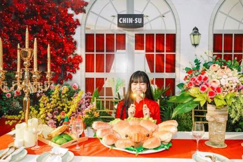 Hot girl Mat Biec check-invoi sieu pham taiGoc Pho Xuan