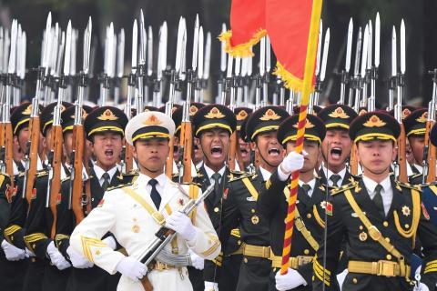 Trung Quoc co doi dau voi My vi loi ich o Iran?