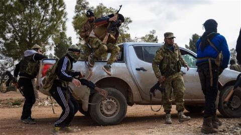 Phien quan Syria o Libya dao ngu, tron sang Y