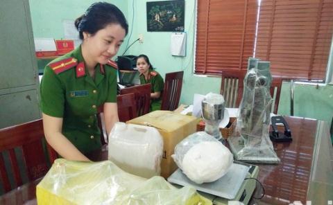 Giap Tet, cong an Dong Nai pha duong day ma tuy khung