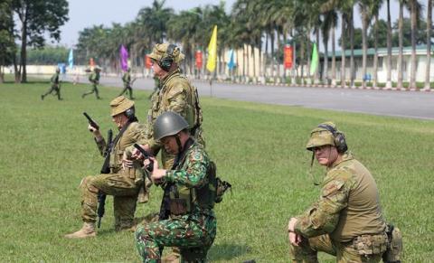 Ky nang ban sung cua binh si Viet Nam-Uc