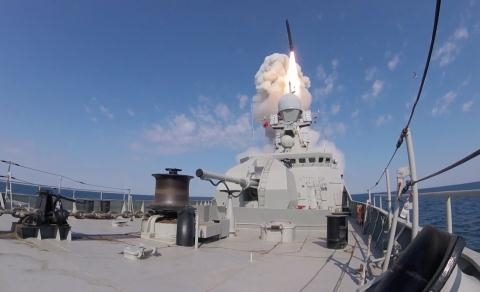 Việc Nga tăng cường sức mạnh quân sự toàn diện tại Crimea đang khiến Ukraine gặp nguy hiểm. \