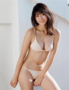 Kitamuki Miyu được cả triệu người yêu thích vì vẻ ngoài quá gợi cảm của mình.