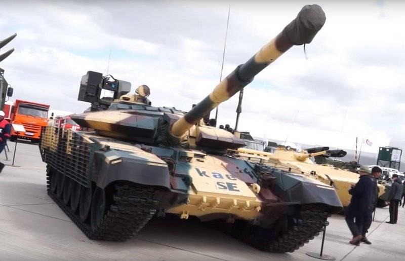 Sau nâng cấp, T-72 còn được trang bị một số thiết bị điện tử mới như hệ thống định vị vệ tinh, hệ thống liên lạc vô tuyến do Aselsan phát triển, hệ thống camera quan sát cho phép kíp chiến đấu quan sát toàn bộ hình ảnh phía trước và phía sau xe.