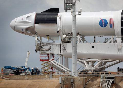 Chuyen gia Nga noi gi ve thanh cong cua SpaceX