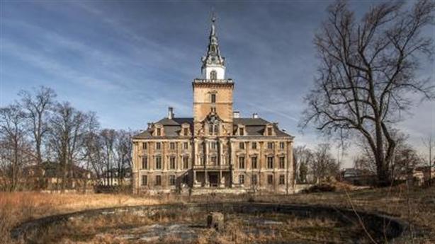 28 tấn vàng của Hitler chôn dưới cung điện Ba Lan?