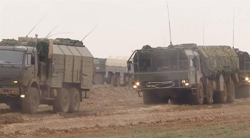 Nguồn tin quân sự tại Syria cho biết, các lực lượng tên lửa chiến lược nước này đã được triển khai và sử dụng hệ thống tên lửa đạn đạo chiến thuật Iskander-M trong cuộc chiến tấn công khủng bố tại Syria và sẽ triển khai lâu dài vũ khí này tại Syria.