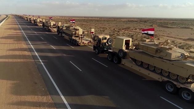 Khác với lần triển khai hồi tháng 5/2020, số vũ khí được vận chuyển một cách khá bí mật thì trong lần này, hình ảnh đoàn xe chở tăng Abrams được chính Ai Cập công bố. Theo DEBKAfile, hồi cuối tháng 5/2020, một lượng lớn tăng T-72 và xe bọc thép chỏ quân (APC) của Ai Cập đã đến Libya để củng cố binh lực chp Tướng Khalifa Haftar của LNA.