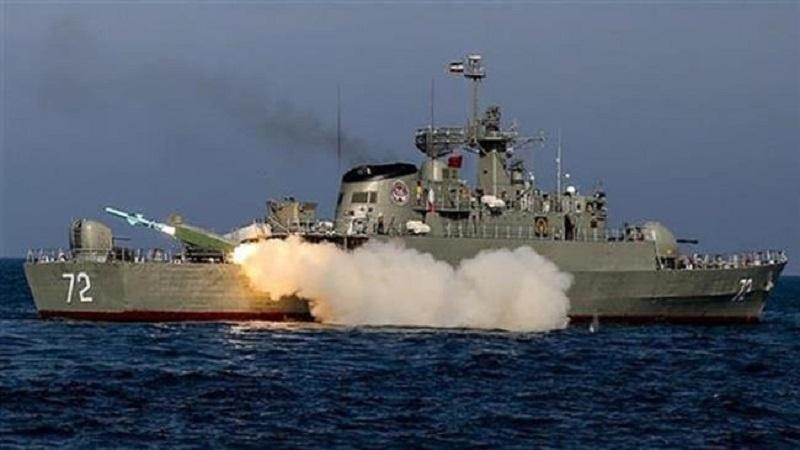Theo tuyên bố của IRGC, tên lửa bờ đối hải được chuyển giao cho Hải quân nước này là loại tên lửa đạn đạo mới có thể diệt mục tiêu xa tới 700 km.