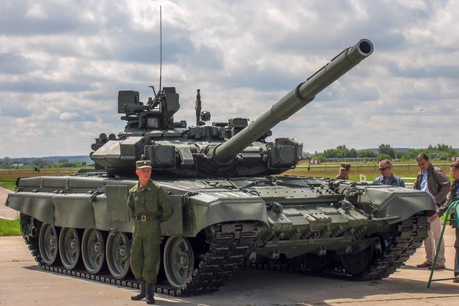 Nhận định về kế hoạch nâng cấp của Nga, tạp chí Defence-blog cho rằng, việc Bộ Quốc phòng Nga nâng cấp tăng T-90 là dấu hiệu cho thấy dòng xe tăng chiến đấu chủ lực T-14 Armata chưa thể trở thành xương sống của lực lượng tăng-thiết giáp Nga trong thời gian ngắn hạn tới.