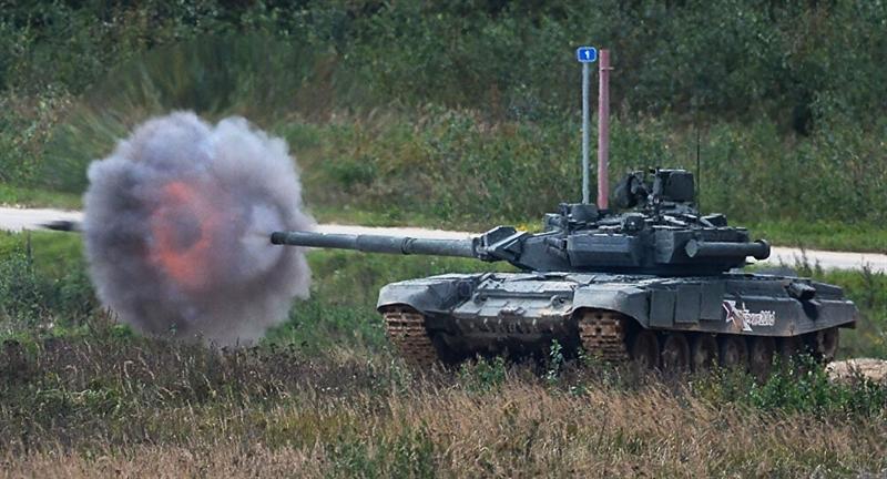 Theo ước tính của báo Mỹ, sớm nhất là đến sau năm 2025 Nga mới trang bị đủ số lượng để thay thế cho hàng trăm xe tăng thuộc các dòng đã cũ như T-72B3. Do đó, trong khi chờ đợi Armata, Bộ quốc phòng nước này đã quyết định nâng cấp số T-90.