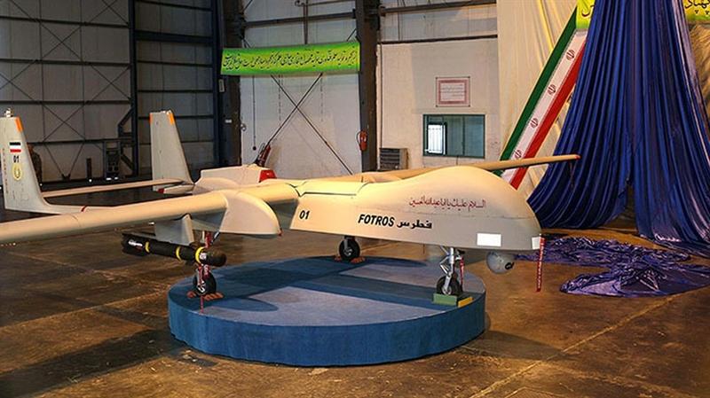 Hiện nay Iran đang sản xuất một số dòng máy bay không người lái như Ababil, Mohajer, Karrar và Fotros. Trong đó, Karrar là loại máy bay không người lái có khả năng tấn công các máy bay phản lực, đây là sản phẩm của Công ty Công nghiệp Máy bay Iran.