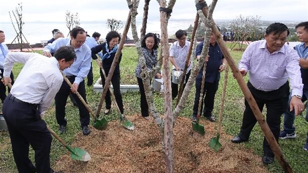 'Quỹ 1 triệu cây xanh cho VN' phủ xanh nhiều di tích