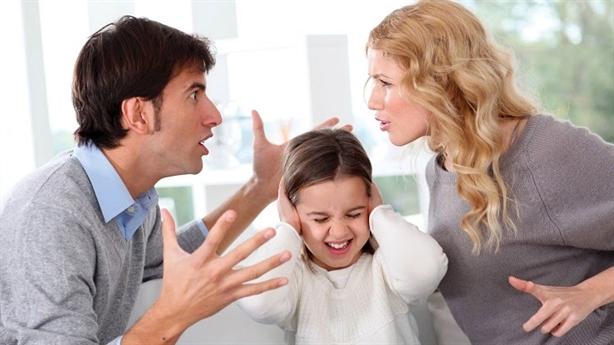Tôi và chồng luôn mâu thuẫn trong việc dạy con