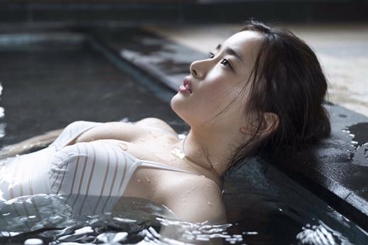 Vẻ gợi cảm của Abe Oto là điều không phải bàn cãi giúp tên tuổi cô được biết tới ở nhiều quốc gia châu Á.