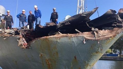 Nga công bố thiệt hại tàu chiến sau vụ đâm tàu hàng