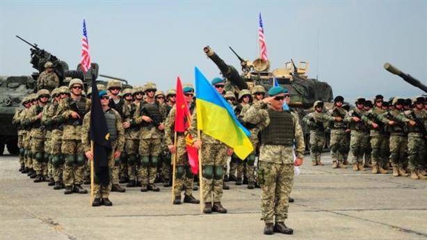 Ukraine tổ chức tập trận nhằm đáp trả Nga