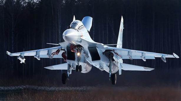 Trang bị của tiêm kích pha trộn giữa Su-30 và Su-35