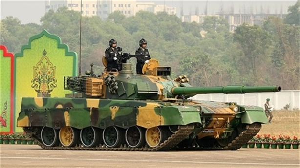 Trung Quốc gặp rắc rối với động cơ Ukraine