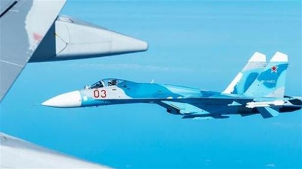Không chiến Su-27, Su-30 đấu với F-16 và F-15 - ai thắng?