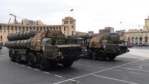 Azerbaijan cảnh báo sẽ tấn công phá hủy S-300 của Armenia