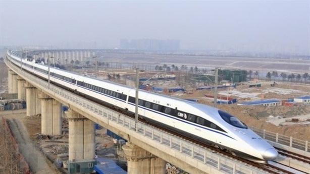 Đường sắt tốc độ cao: Khoảng cách các ga tối thiểu 50km?