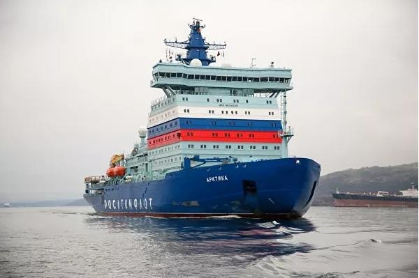 Trong hành trình kéo dài gần 2 tuần từ St.Petersburg đến thành phố Murmansk, các chuyên gia cùng các kỹ sư của Nhà máy đóng tàu Baltic (hợp nhất với Tập đoàn Đóng tàu Thống nhất) và đại diện của khách hàng (Hải quân Nga) đã kiểm tra tính ổn định của con tàu khi hoạt động đường dài.