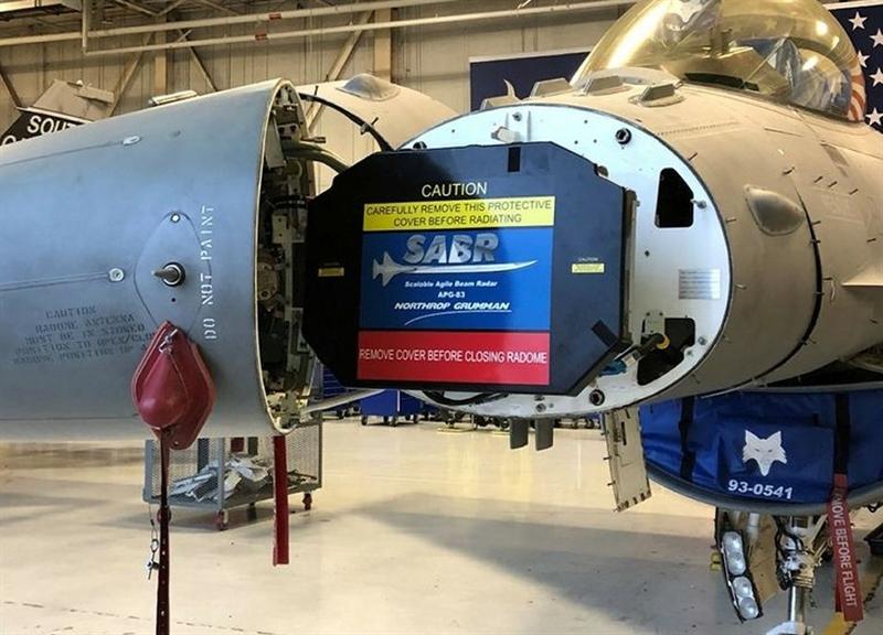 Thông báo của Lockheed Martin chok biết, nhà sản xuất này phối hợp với Không quân Mỹ bắt đầu nâng cấp F-16V với hệ thống radar tạo chùm nhanh (SABR) quét mảng pha điện tử chủ động (AESA) APG-83 tân tiến của tập đoàn Northrop Grumman, tạo thành bước nhảy vọt về lượng cho khả năng tác chiến của dòng máy bay F-16 danh tiếng.