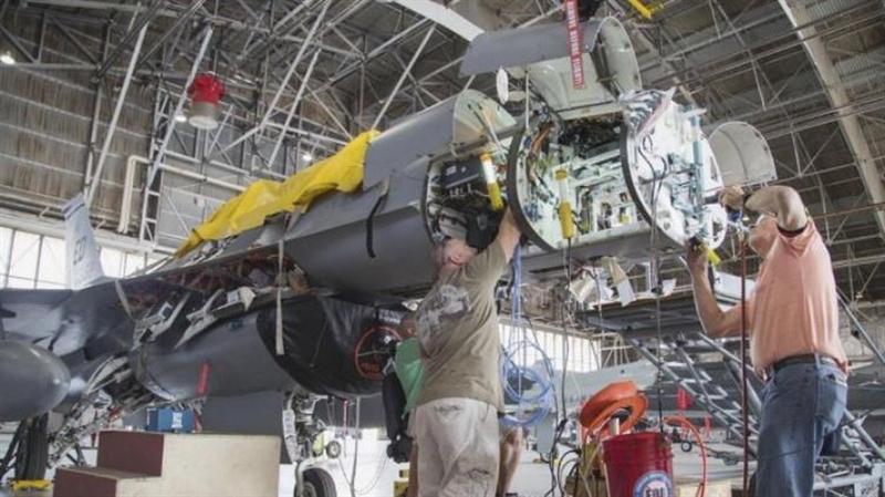 Hệ thống radar kiểm soát hỏa lực APG-83 giúp F-16V có được những khả năng chiến đấu không đối không và không đối đất của các dòng tiêm kích thế hệ thứ 5. Northdrop Grumman cũng là đơn vị cung cấp các loại radar AESA cho dòng máy bay tối tân nhất hiện nay của Mỹ là F-22 Raptor và F-35 Lightning II.