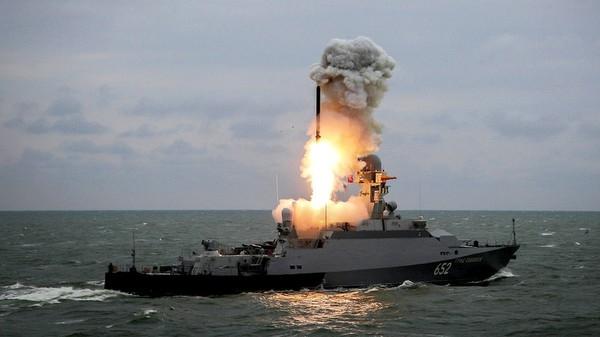 Nga tập trận với vũ khí mạnh sát Azerbaijan
