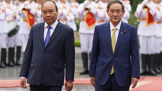 Thủ tướng Nhật: VN là điểm thích hợp nhất gửi thông điệp