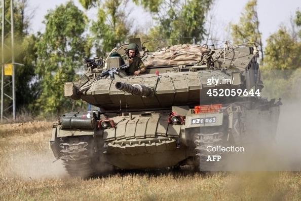 Hãng Jpost cho biết, những xe tăng tên lửa Pereh đã được IDF triển khai tới vùng lân cận dải Gaza với mỗi xe được trang bị 12 ống phóng tên lửa chiến thuật Rafael Tamuz (hay còn gọi là Spike NLOS).