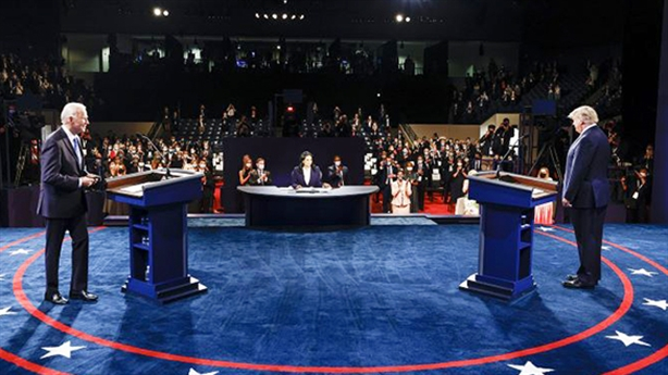 Người Mỹ bỏ phiếu sớm kỷ lục, ông Trump không sợ hãi