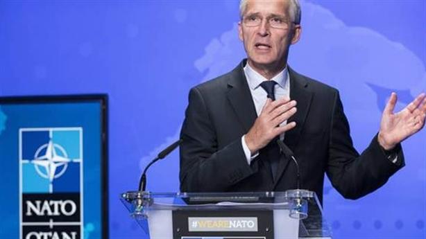 Chi tiêu quân sự NATO: Quân sự hóa cũng cần nhiều tiền