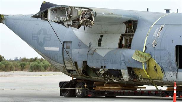 Hậu quả khủng khiếp khi F-35B va vào KC-130J