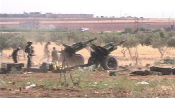 SAA dính đòn thù từ phiến quân
