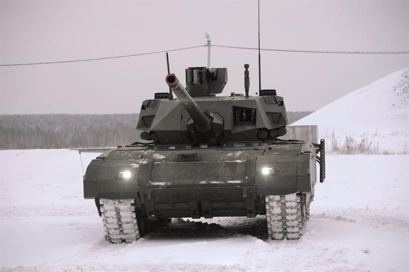 Các chuyên gia tin rằng đối thủ có thể tạo ra một thế hệ xe tăng mới vào đầu những năm 2030, manh nha bằng việc thử  nghiệm thành công pháo 130 mm trên xe tăng Challenger II, do vậy T-14 Armata sẽ cần được hiện đại hóa.