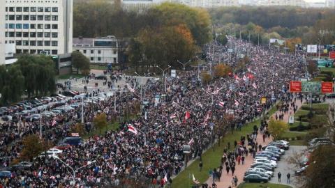 Người Belarus đã thấy gì ở các quốc gia láng giềng?